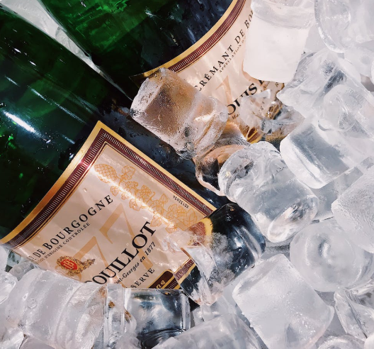 two-wine-bottles-with-ice