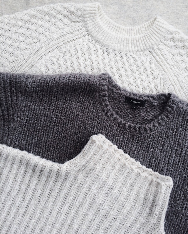 sweatshirts made of wool