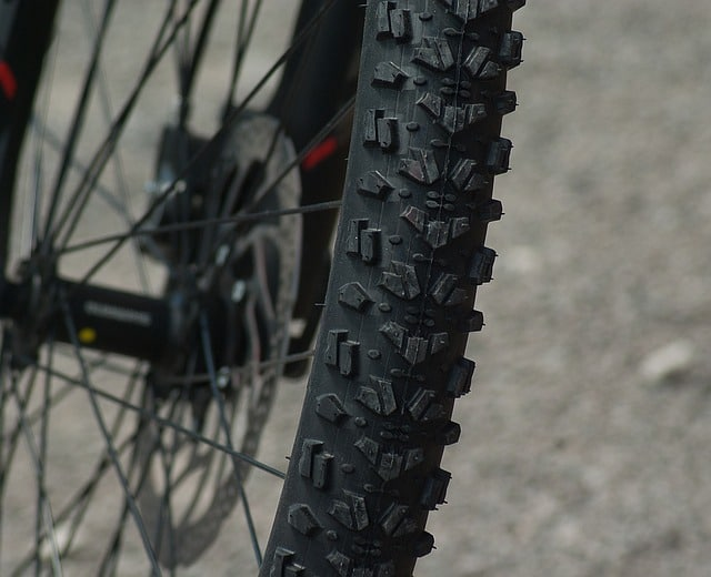 biking-wheel-tire-bike