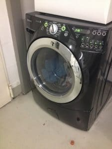 a black washing machine